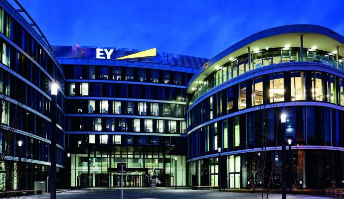 SkyLoop, 1.300 ventanas de aluminio con altos requisitos estéticos, en Stuttgart